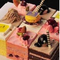 学国外蛋糕店婚礼蛋糕的做法培训 DIY品牌蛋糕店加盟目录大全